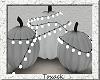 pumpkins w lights.