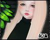 ダ. minaj blonde