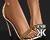 Beyoncé - heels !