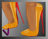 [ves]yellow pumps