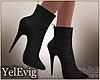 [Y] Black boots