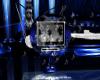(M) Blue Tiger Radio