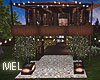 Mel-Cottage-Yard