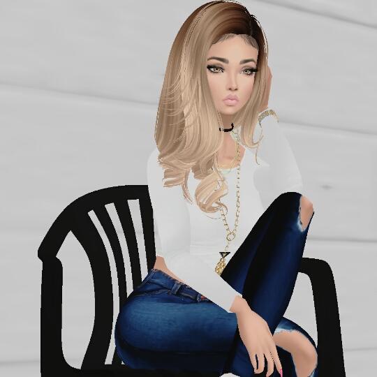Guest_Hailee293_retired_180387333